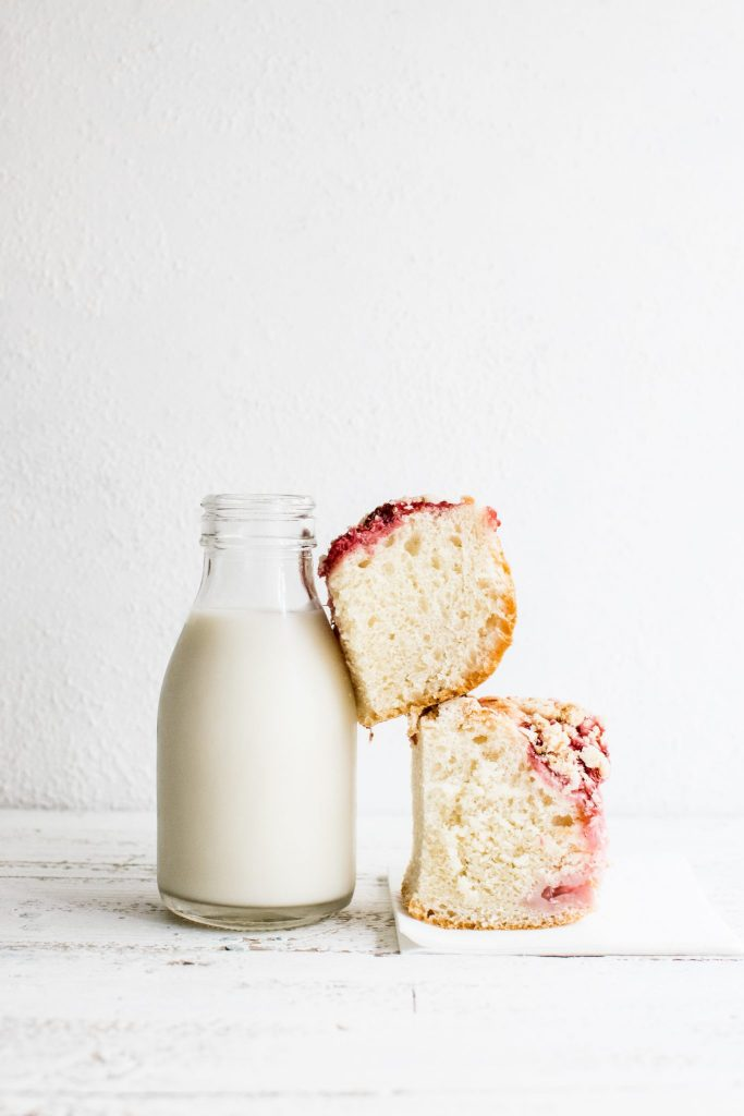 oat milk and cake